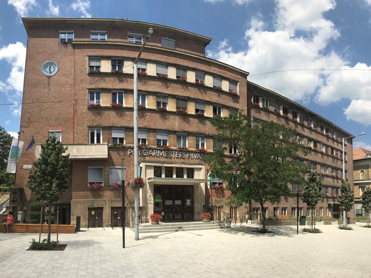 Támogatás a Tamási iskola bővítéséhez
